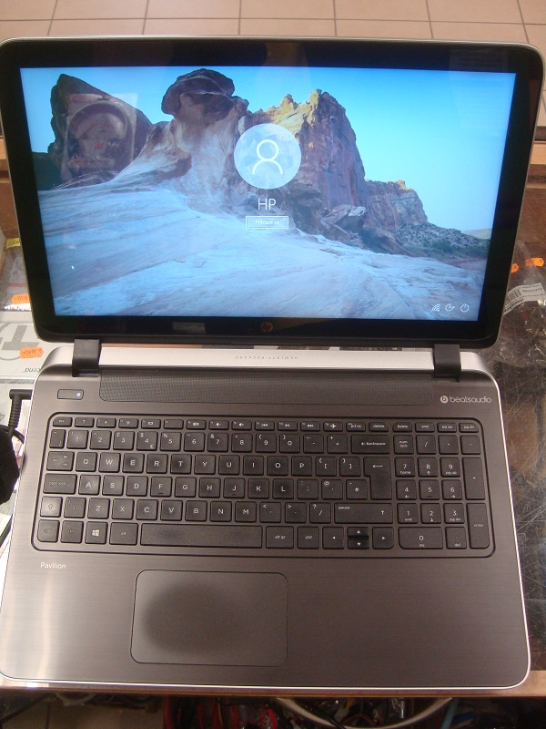 HP 15-p158sa