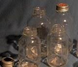 láhev JUS 500 ml se zátkou a uzávěrem