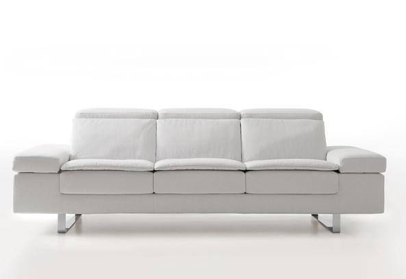 Bílá kožená sedací souprava