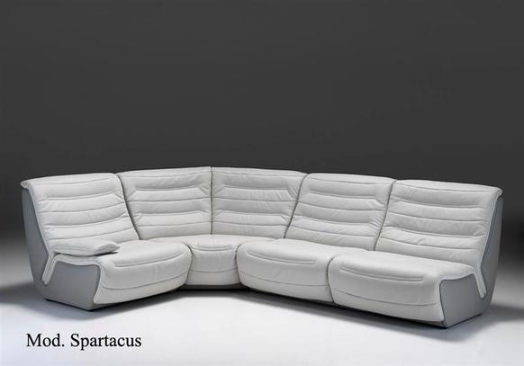 Luxusní kožená sedací souprava Spartacus v módní dvoubarevné variantě