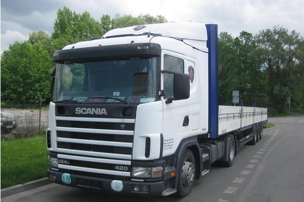 Tahač Scania + návěs